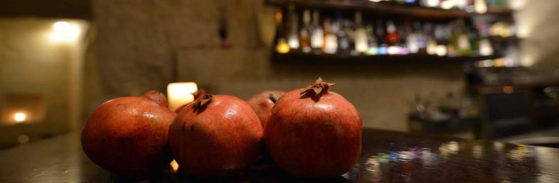 background-2-la-lopa-ristorante-pub-aperitivi-stuzzicheria-bar-happy-hour-sassi-di-matera-basilicata