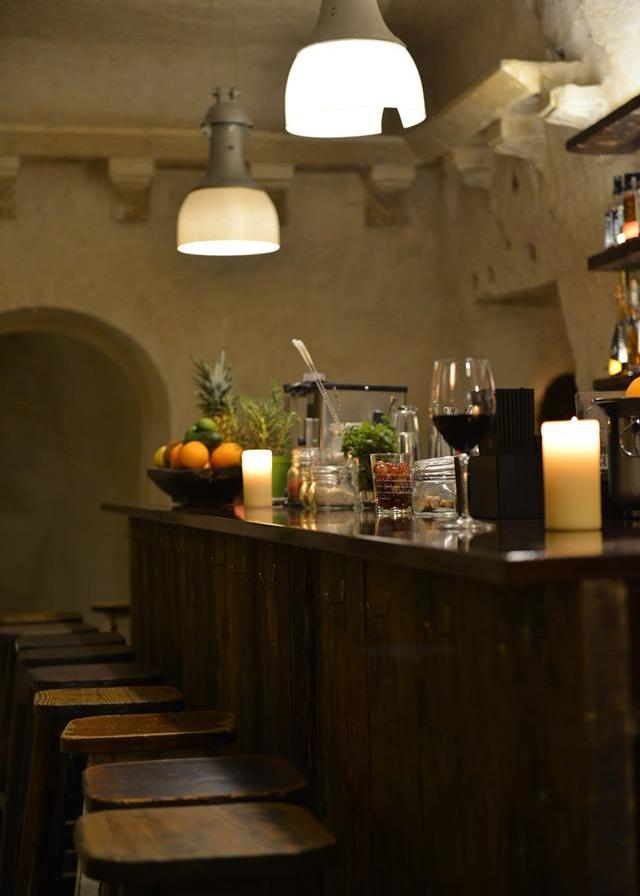 la-lopa-ristorante-pub-aperitivi-stuzzicheria-wine bar-happy-hour-sassi-di-matera-basilicata (3)