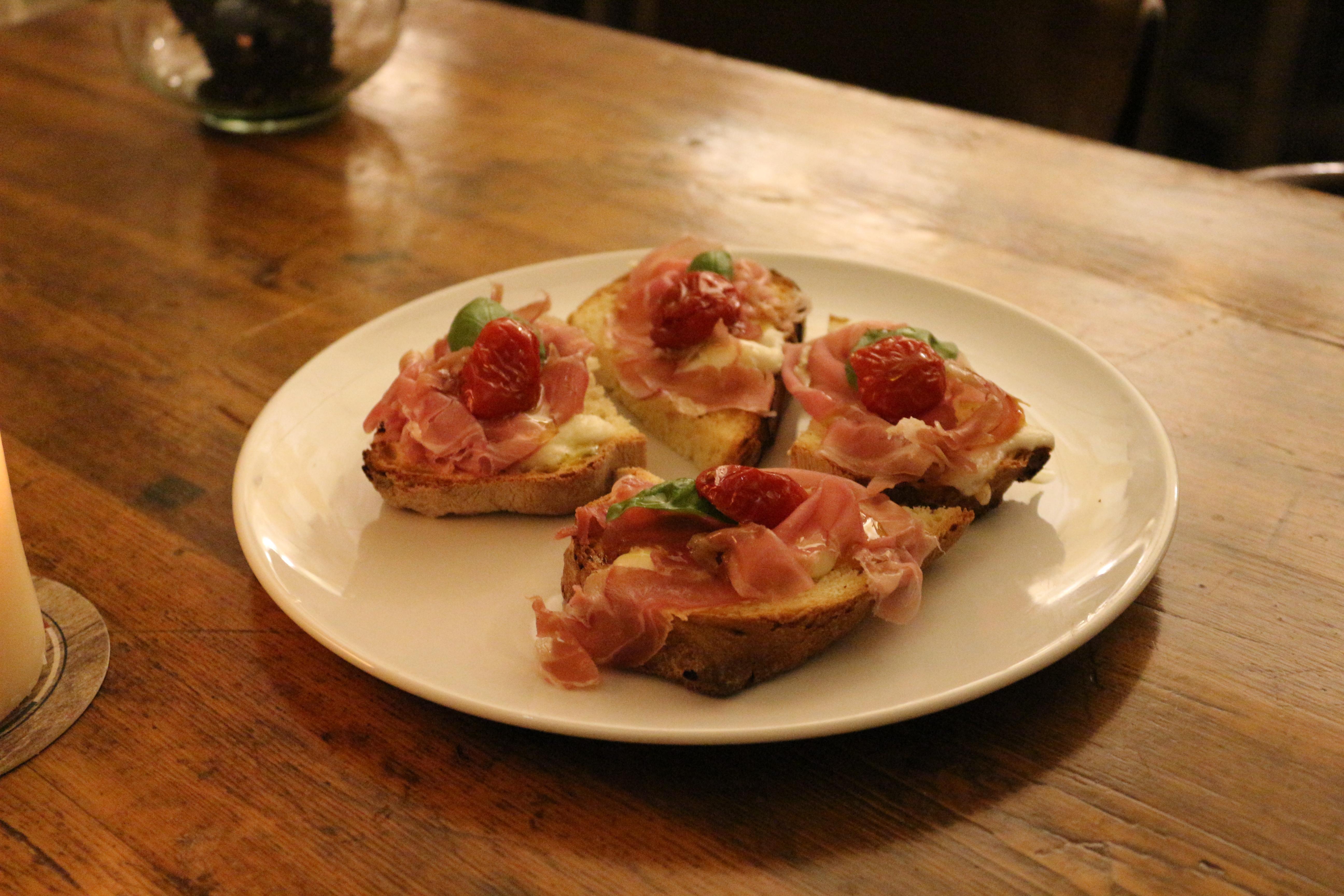 la-lopa-ristorante-pub-aperitivi-stuzzicheria-wine-bar-happy-hour-sassi-di-matera-basilicata123