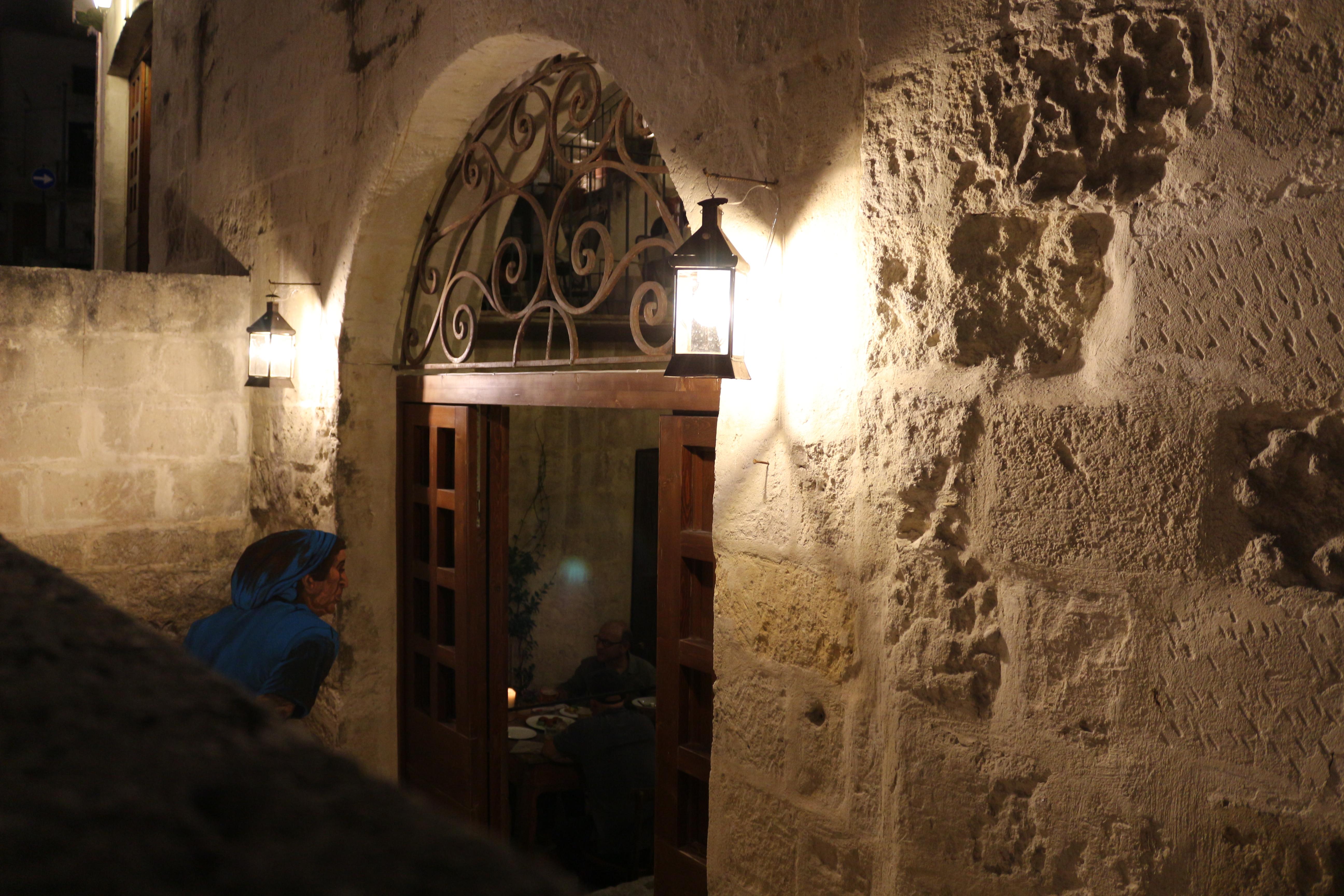 la-lopa-ristorante-pub-aperitivi-stuzzicheria-wine-bar-happy-hour-sassi-di-matera-basilicata432